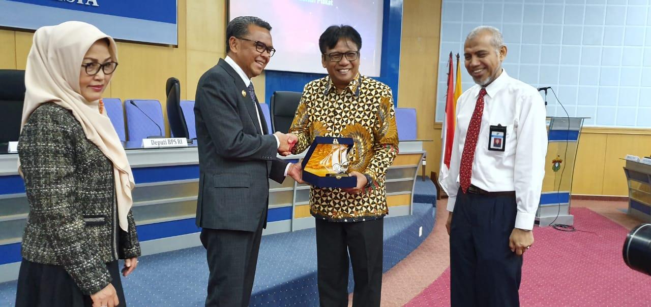 Gubernur Minta BPS Siapkan Data Akurat - Herald Makassar